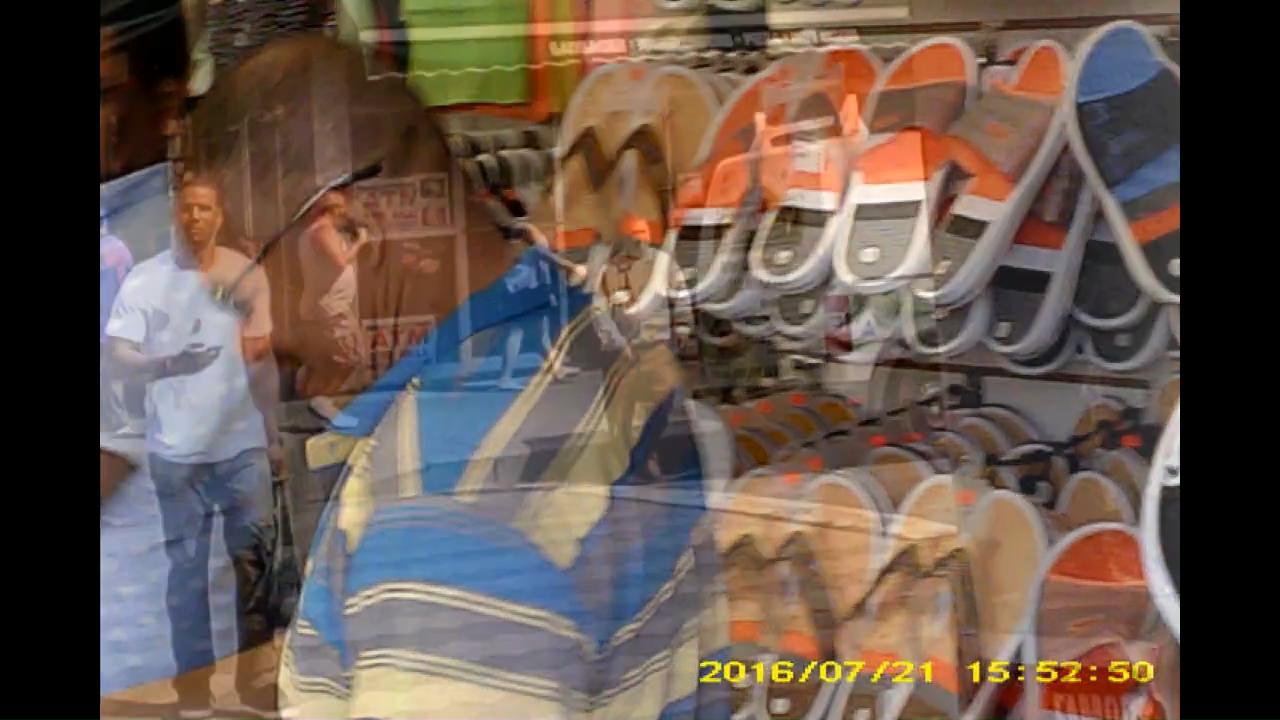 Screenshot from fordham.avi - 21